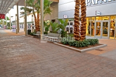 Our colleague Edwards Concrete earned the Gold Award in 2017 for Bomanite Imprint Systems over 12,000SF for their skillful installation of the Bomacron Boardwalk pattern and this unique decorative element was perfect to accentuate the beach-industrial design aesthetic at the Tanger Outlets Daytona.